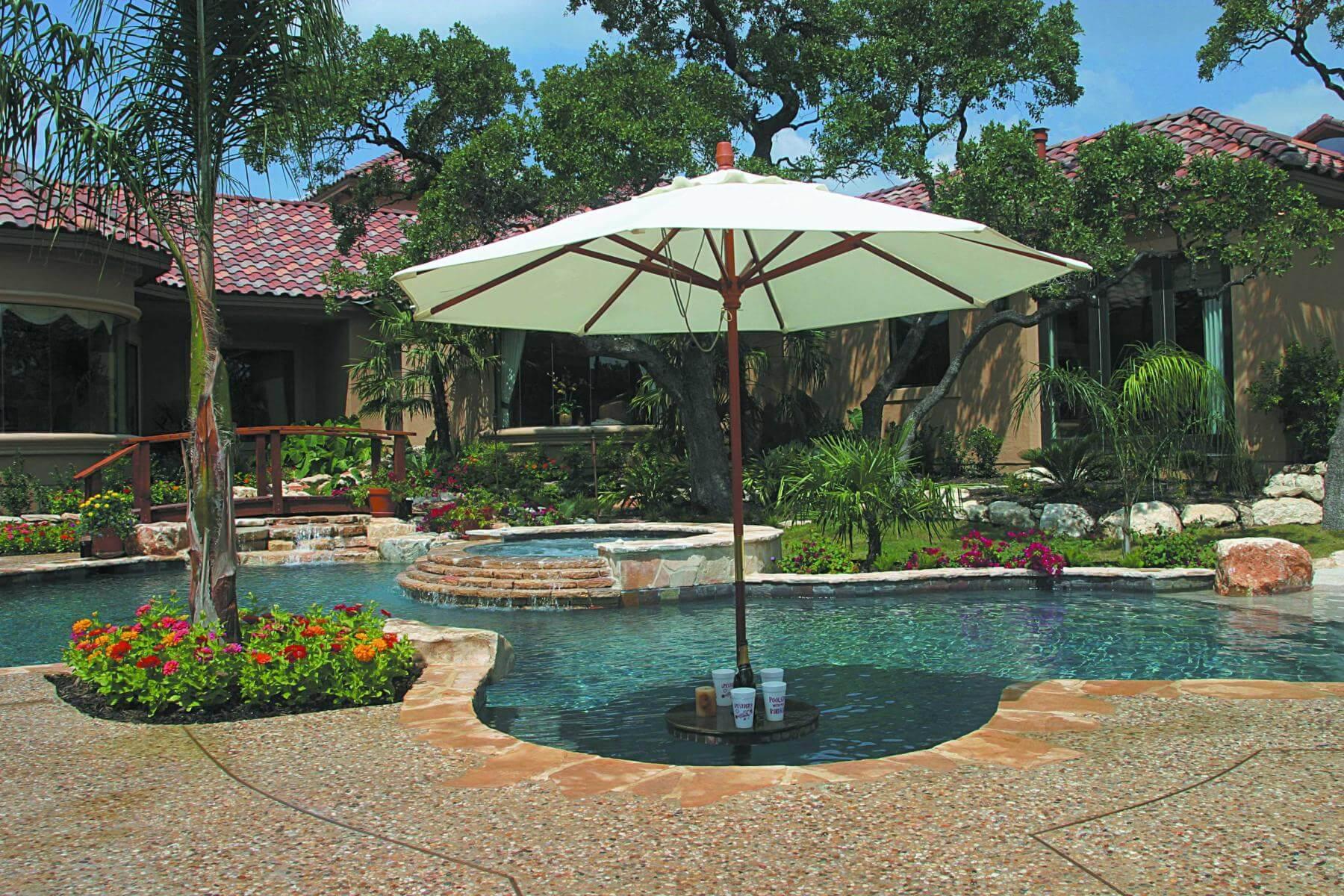 Building A Custom Swimming Pool